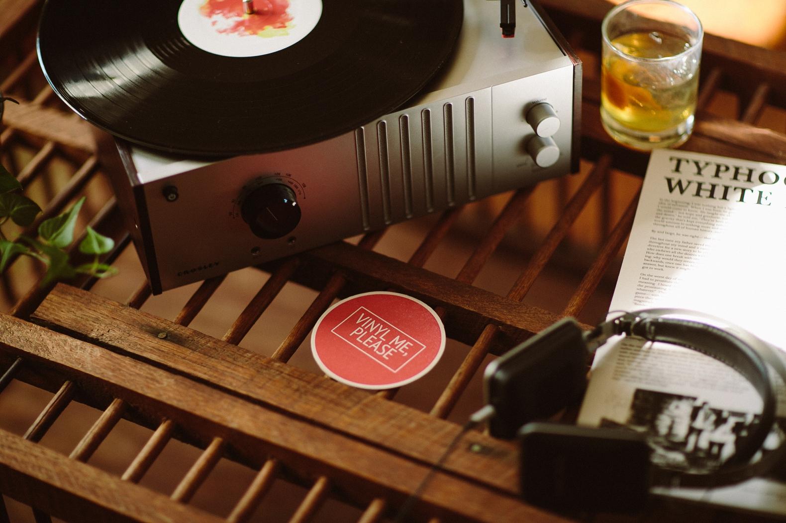 vinyl-me-please-0003